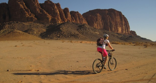 Jordan: Cycling through the desert
