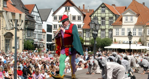 Hamelin: The trail of the Pied Piper