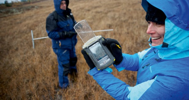 Permafrost probing and data recording on the tundra, Canada. Image: Mark Stratton