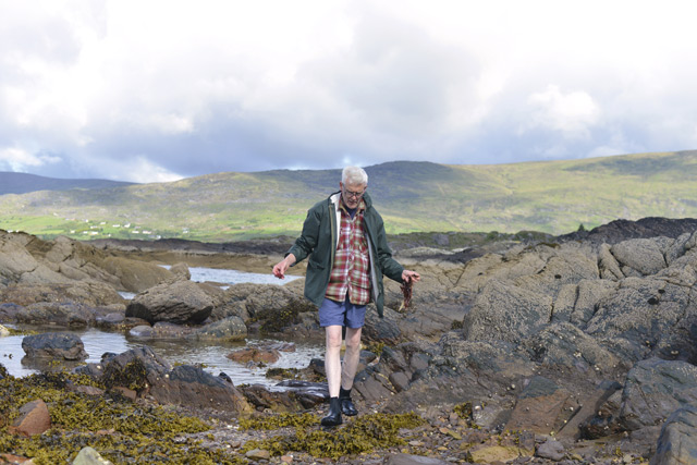 John Fitzgerald foraging in Kerry. Image: Pól Ó Conghaile